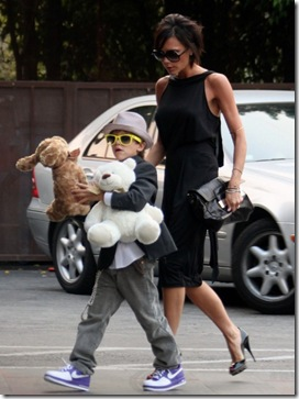 victoria-beckham-happy-birthday-romeo-11